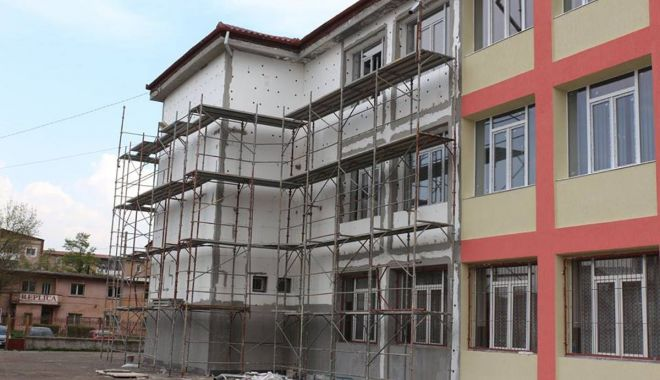 Foto: Unități de învățământ din Constanța, reabilitate