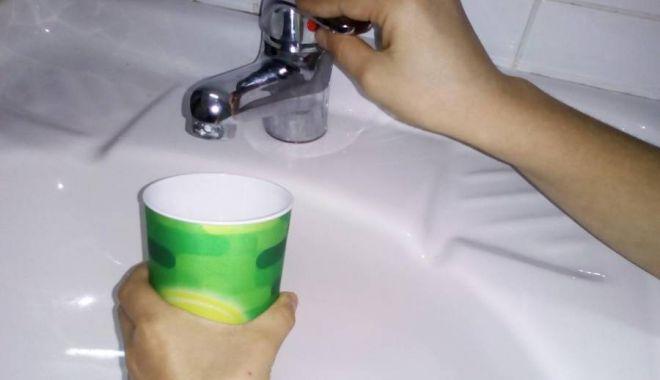 Foto: O nouă avarie RAJA! Centrul Constanţei a rămas fără apă rece