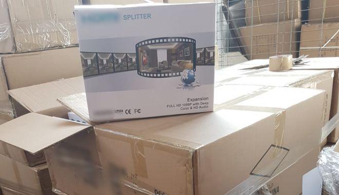 Foto: Aparate electrocasnice aduse din China, confiscate în Portul Constanţa Sud