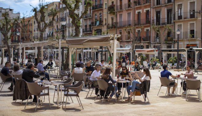 Spania va începe să primească turiști de la 1 iulie. Care sunt măsurile de relaxare - apspainreopening11may20-1591376731.jpg