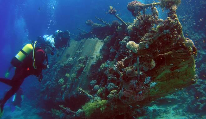 Foto: Arheologii din adâncuri. Sute de nave scufundate lângă Constanţa