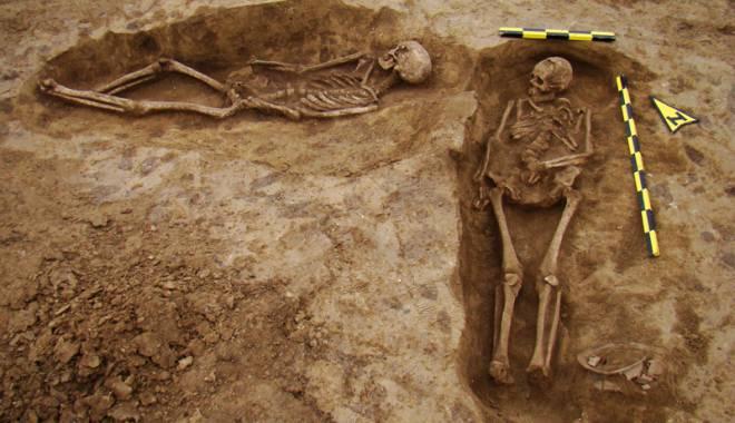 Descoperire de senzaţie!  Zona cu peste 1.000 de morminte - arheologieautostrada4-1433430864.jpg