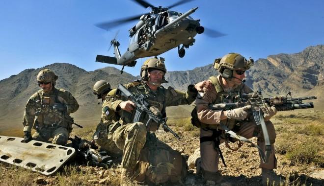Foto: Armata - o şcoală altfel