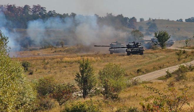 Foto: Exercițiu militar de amploare în Dobrogea. Participă sute de militari