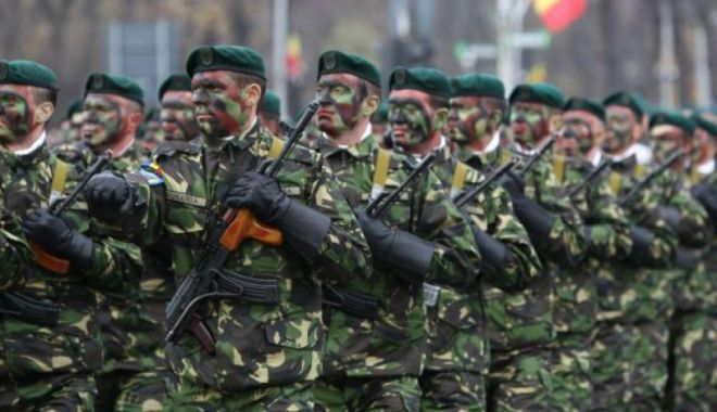 Foto: Ministrul Apărării, despre reintroducerea stagiului militar obligatoriu: Am discutat de multe ori lucrul acesta în minister