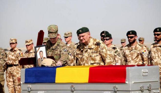 Foto: Marea familie a Armatei Române. Un eveniment de nota 10 pentru copiii militarilor căzuţi în misiune