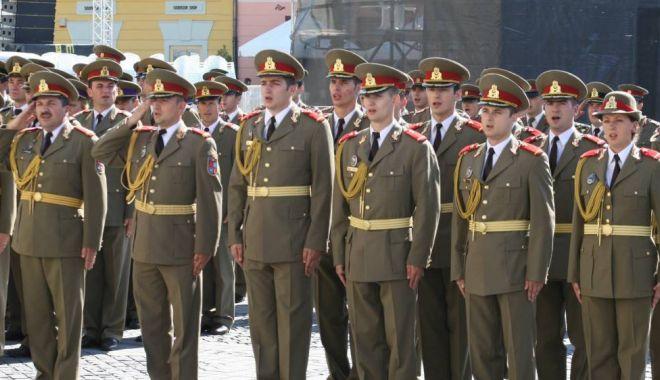 Foto: BĂTĂLIA PENTRU ŞEFIA ARMATEI. Răsturnare de situaţie! Decizie de ultim moment