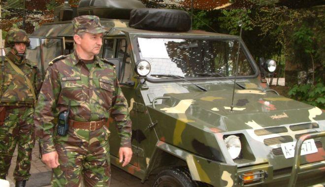GALERIE FOTO / Militari români la un moment special, Cazinoul nu era ruină… - armata5-1543850808.jpg