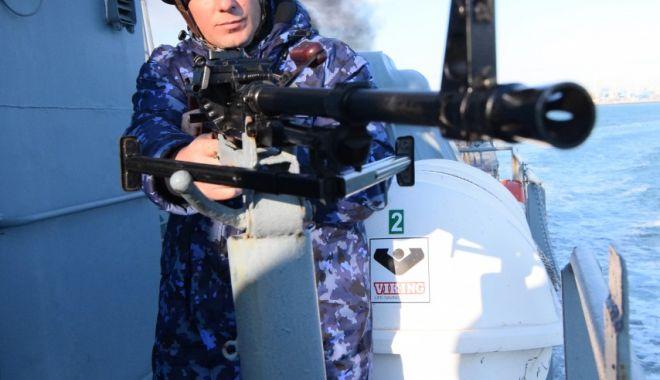 Activități de instrucție româno-ucrainene-americane, pe Marea Neagră - armatainstructie-1571343392.jpg