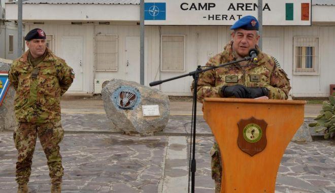 Foto: Militari români, în comandamentul multinaţional comandat de partenerii italieni