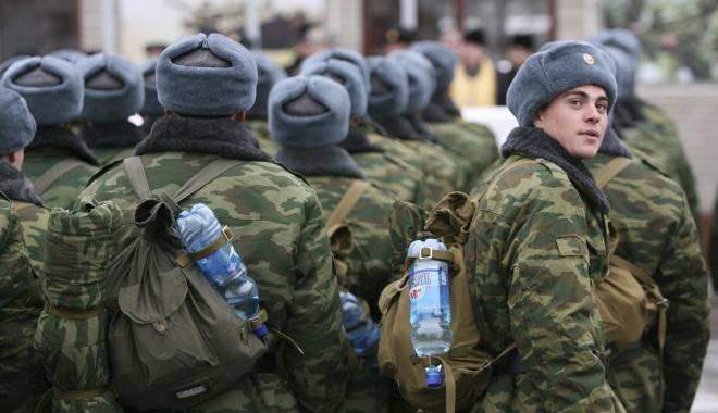 Străinii se pot înrola în armata rusă. Care este singura condiție impusă de Vladimir Putin - armatarusareuters-1420569040.jpg