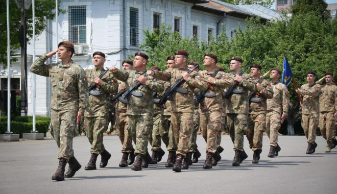Zi de sărbătoare pentru Scorpionii Roşii! - armatascorpioni-1557254881.jpg
