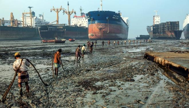 Foto: Armatorii din UE nu sunt stimulaţi să recicleze navele ieşite din exploatare