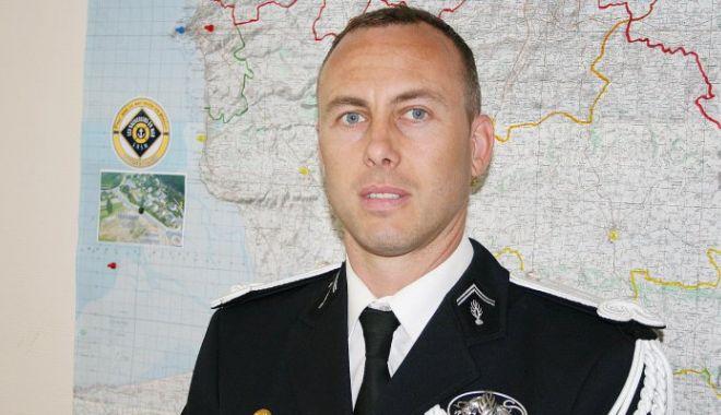Foto: Poliţistul erou din atacul terorist din sudul Franţei a murit