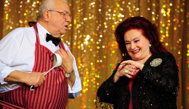 Foto: Arşinel şi Stela Popescu scot Techirghiolul din amorţeală