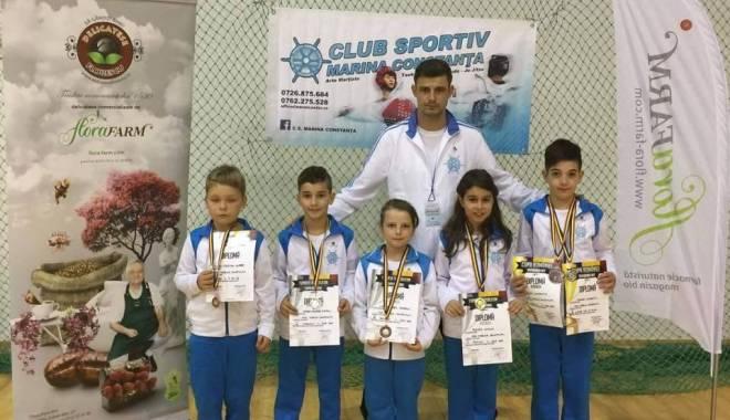 Foto: Arte marţiale: CS Marina a cucerit opt medalii la Cupa României Taekwondo WTF