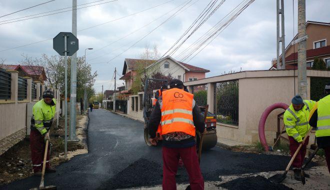 Foto: Acțiuni de asfaltare pe aleea Vâscului, din Constanţa