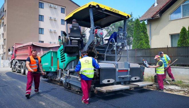 Infrastructura rutieră din cartierul Compozitorilor este refăcută - asfaltarestradadimitriecuclin1-1592895387.jpg