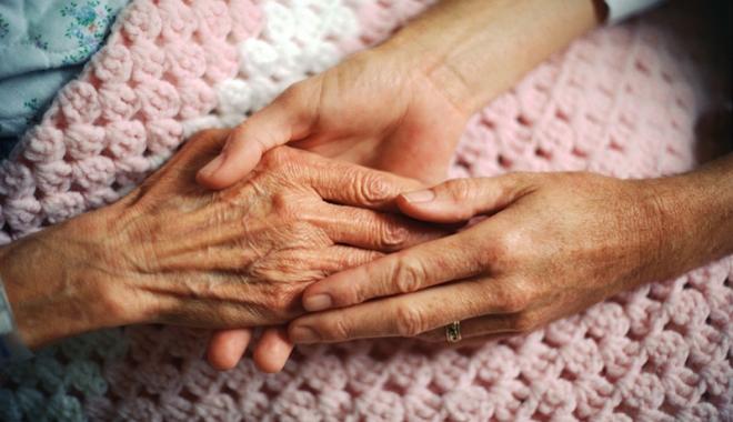 Foto: Care este rolul asistenţilor sociali la nivel comunitar