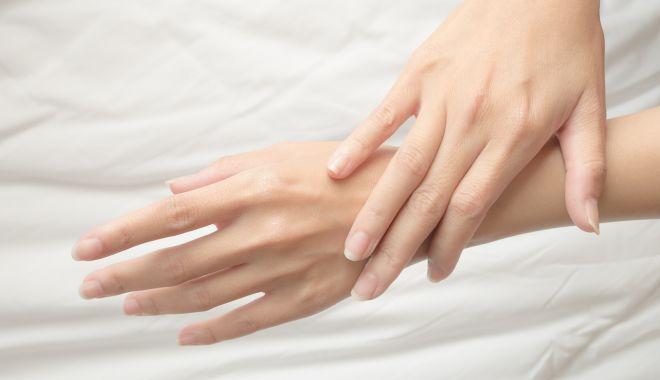 Foto: Aspectul unghiilor poate prevesti apariţia multor boli