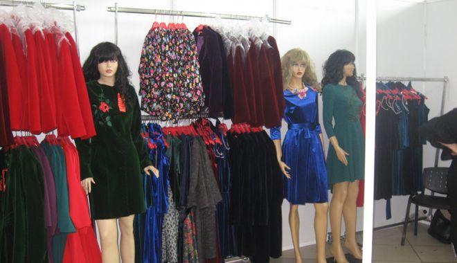Foto: Începe Târgul Naţional de Îmbrăcăminte și Încălţăminte TINIMTEX