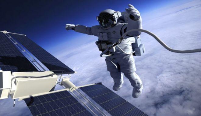 Foto: TU ŞTIAI? De ce cosmonauții ruși poartă un pistol cu ei în spațiul cosmic
