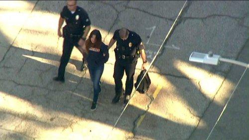 Foto: Atac armat într-o şcoală! Suspectul: O fetiţă de 12 ani. Mai multe victime