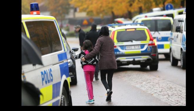 Foto: Atac armat în Suedia.  Doi tineri împuşcaţi mortal în cap