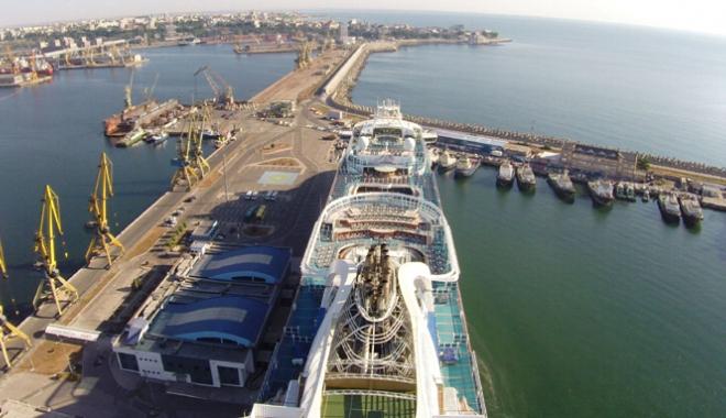 Foto: Atac murdar la adresa Companiei Naţionale Administraţia Porturilor Maritime Constanţa