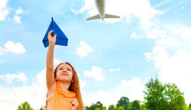 Atelier de construit avioane pentru copii - atelieravioane-1618334220.jpg