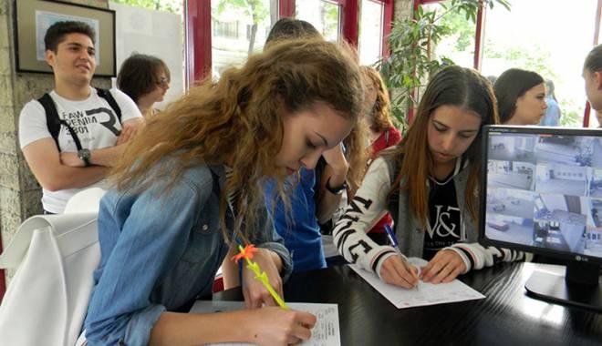 Foto: Atelier intercultural, la Centrul pentru  Educaţie Interculturală