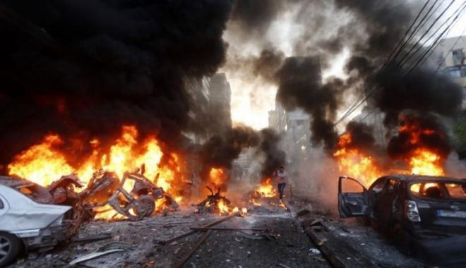 Foto: Atentat cu maşină-capcană. Cel puţin 60 de persoane au fost ucise şi mai multe zeci rănite