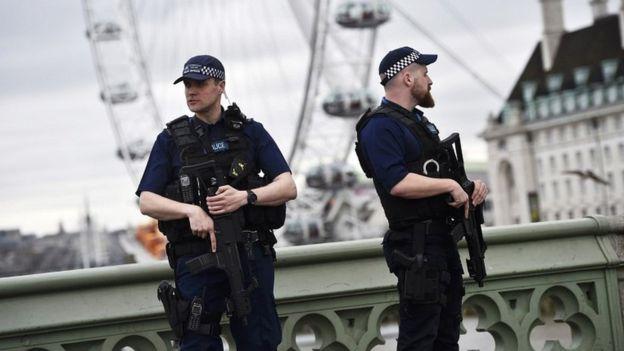 Foto: Atentat în Londra! Sunt cel puțin cinci persoane rănite