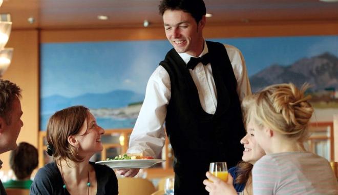 Foto: Atenţie! Se caută ospătari şi bucătari pentru hoteluri din Germania