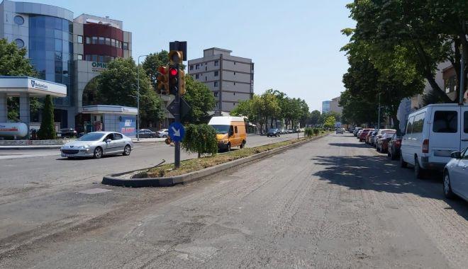 Foto: Atenție, constănțeni! Lucrări de asfaltare pe un tronson al bulevardului Mamaia