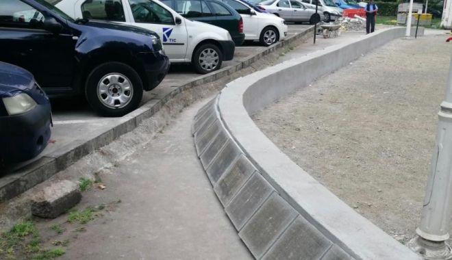 Foto: Atenție cum circulați! Se amenajează trotuarele în Coiciu