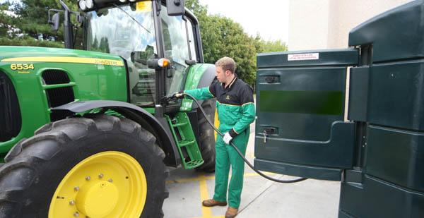 Foto: Atenție fermieri! Se depun cererile pentru ajutorul de stat la motorină!