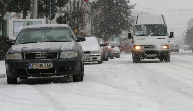 Foto: Atenţie la drum! Vremea  se înrăutăţeşte