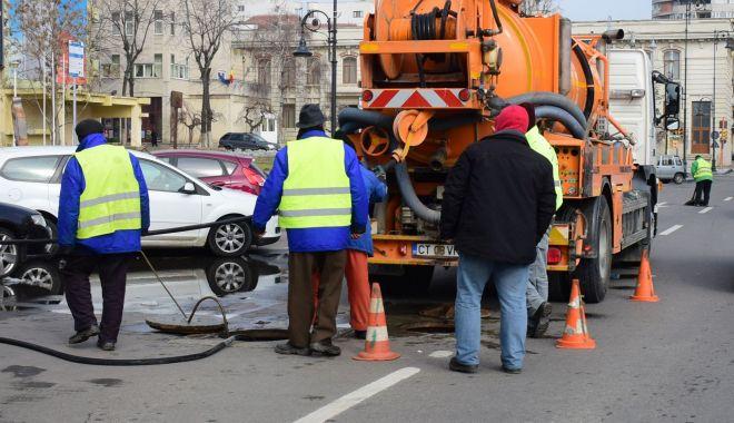 Atenţie, constănţeni! Trafic îngreuna pe bulevardul Mamaia. Se lucrează la conductele de apă - atentieraja-1618827077.jpg
