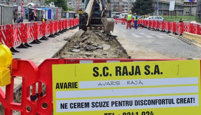 Atenţie, şoferi! Trafic restricţionat pe strada Mihai Eminescu. Se lucrează la conductele de apă - atentiesoferi-1603263584.jpg