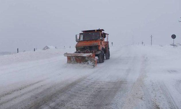 VIDEO / NINGE la CONSTANŢA. Se circulă în condiţii de iarnă - atentiesoferi-1606813862.jpg