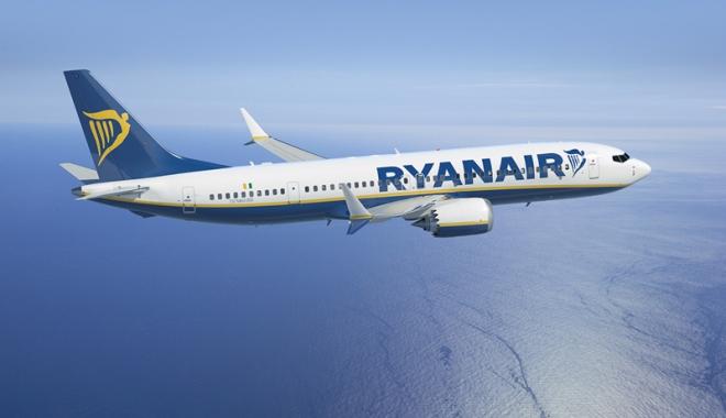 Foto: Două avioane, aterizare  de urgenţă  pe aeroportul  din Bordeaux