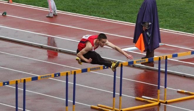 Atleţii constănţeni acaparează podiumul Campionatelor Naţionale - atletii-1495556314.jpg