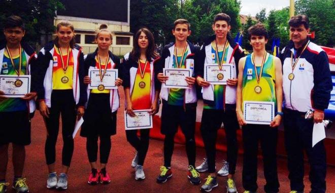 Foto: Atleţii de la LPS Constanţa,  pe locul trei  la Olimpiada Gimnaziilor