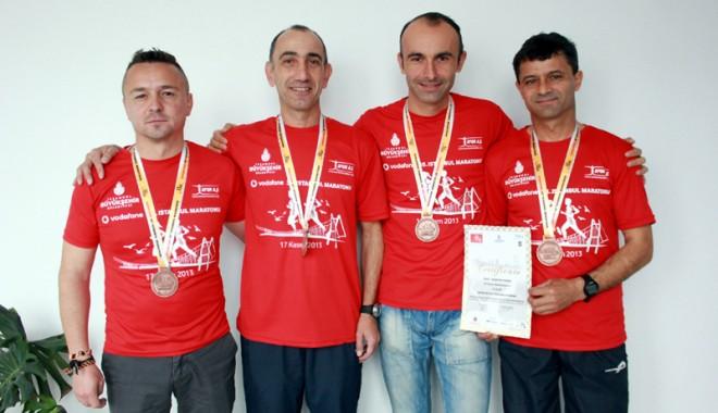 """Foto: """"Sultanii"""" de la Eurasia Marathon"""