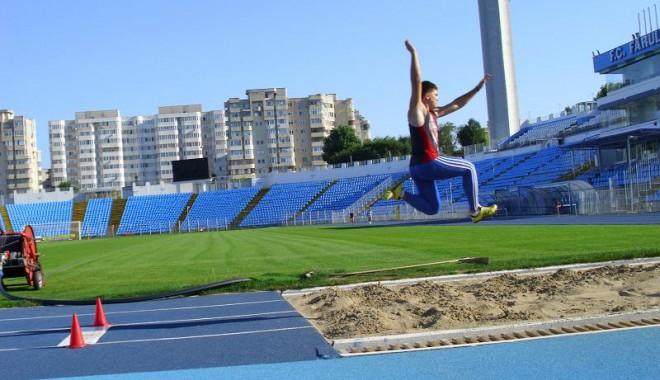 Foto: Constănţean medaliat cu bronz în finala C.N.U. de Atletism