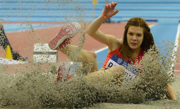 Foto: Atletism: Alina Rotaru, a doua la săritura în lungime la DecaNation