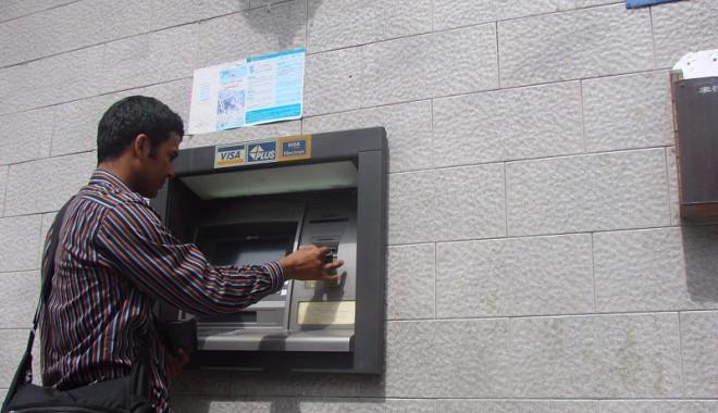 La vânătoare de bancomate