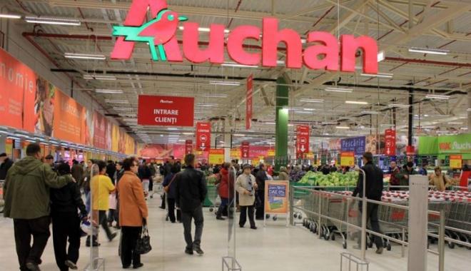 Foto: Auchan, acţionat în instanţă de o constănţeancă infestată cu salmonella