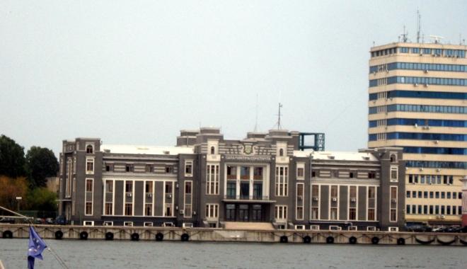 Foto: Au controlat de pomană  autorităţile portuare